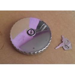 Крышка топливного бака с ключом.